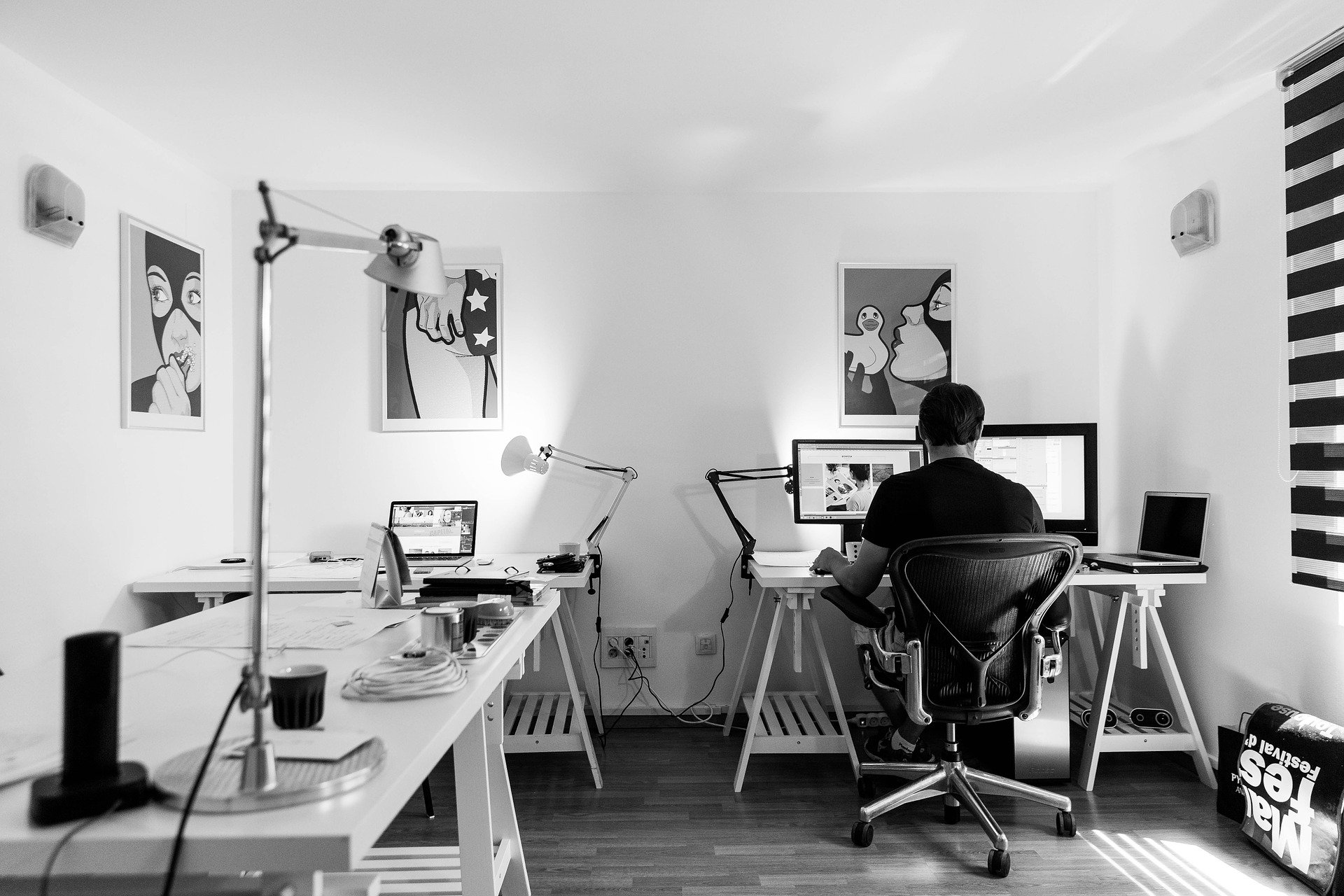 An image of a home office.